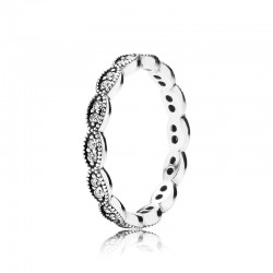 Sparkling Leaves Band Ring...